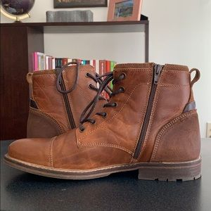 Like-new Bullboxer Boots